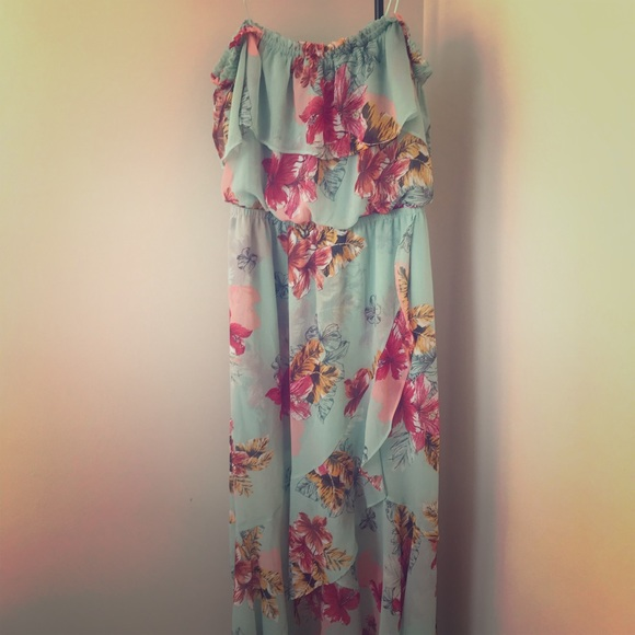 Express Dresses & Skirts - Express High Low floral dress